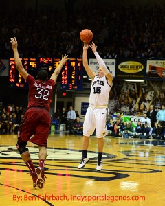 Butler's Rotnei Clarke shoots against Temple.